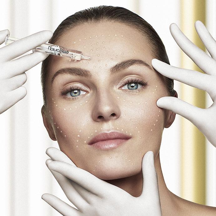 tratamiento cosmético con ácido hialurónico
